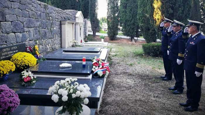 Obilježena 19. obljetnica smrti admirala flote Svete Letice Barbe | Domoljubni portal CM | Press