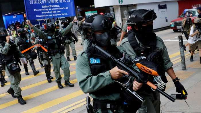 Specijalna policija raspoređena diljem Hong Konga