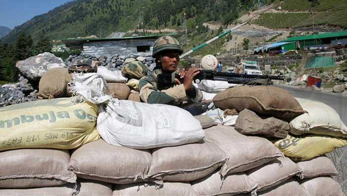Indija tvrdi da je došlo do 'manjeg sukoba' s kineskim vojnicima na granici