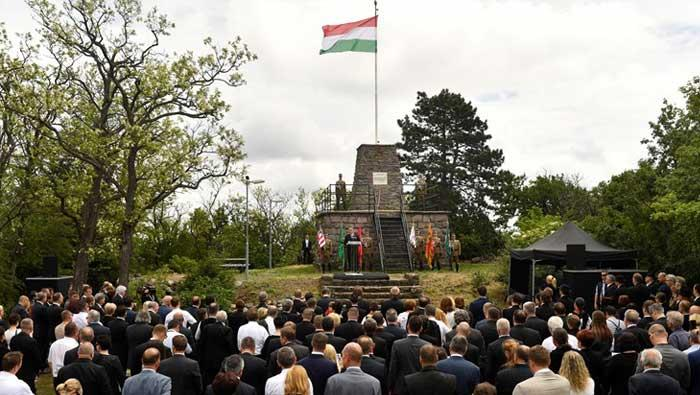 Milanović napao Orbana zbog spomenika s Velikom Mađarskom