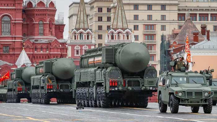 Putin na Dan pobjede: Čvrsto ćemo braniti ruske interese