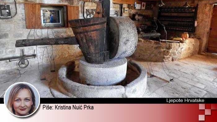 ŠKRIP - NAJSTARIJE MJESTO NA OTOKU BRAČU | Domoljubni portal CM | Kultura | Ljepote Hrvatske