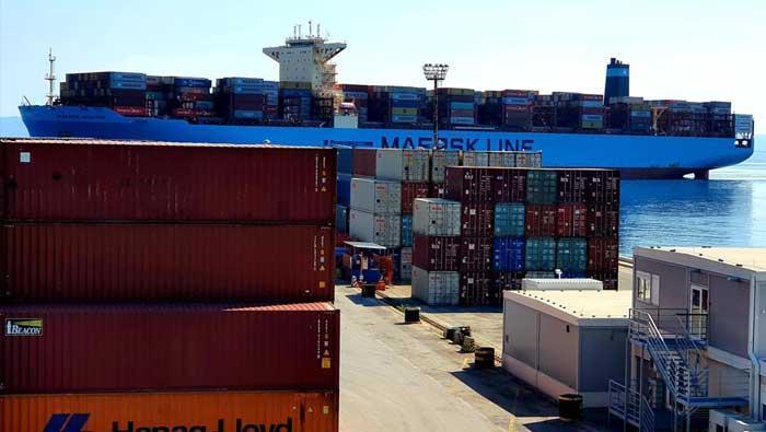 Vlada RH: Dopremljeno još 194 tona zaštitne opreme iz Kine u Hrvatsku