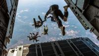 Britanski padobranci umalo se sudarili s američkim F-15